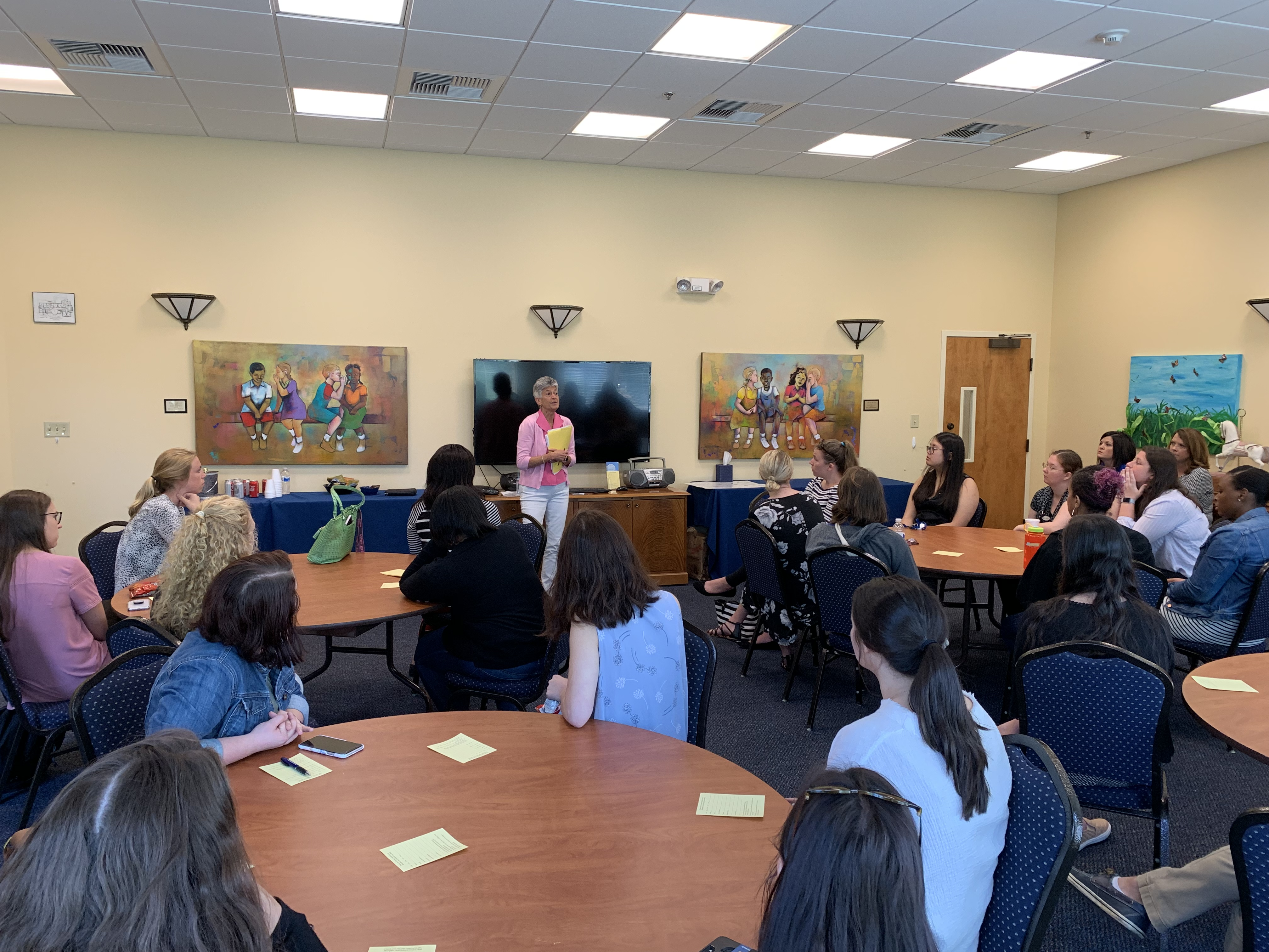 Speech Pathology & Audiology Graduate Students Visit MOSD