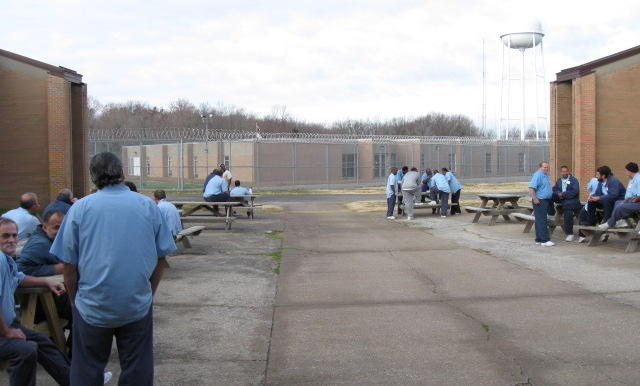 Activists petition Illinois public health department to shut down Vienna prison