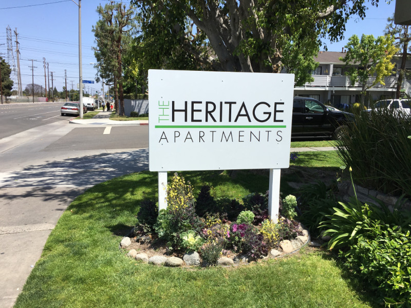 Custom designed apartment community signs Anaheim CA
