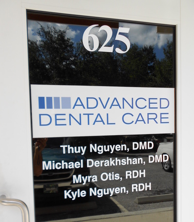 Door Logo 4  sc 1 st  Sign-Age of T&a Bay Inc. & Door and Window Graphics | Architectural Exterior Signs | Outdoor ...