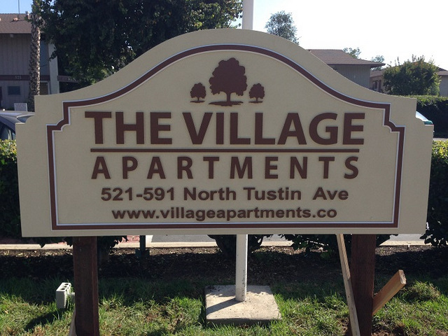 Property Manager Apartment Complex Signs For Anaheim