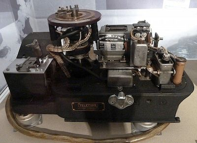1919: Patent issued to Gilbert Vernam for concept of machine encipherment.