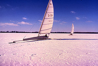 Go / Watch Ice Boating