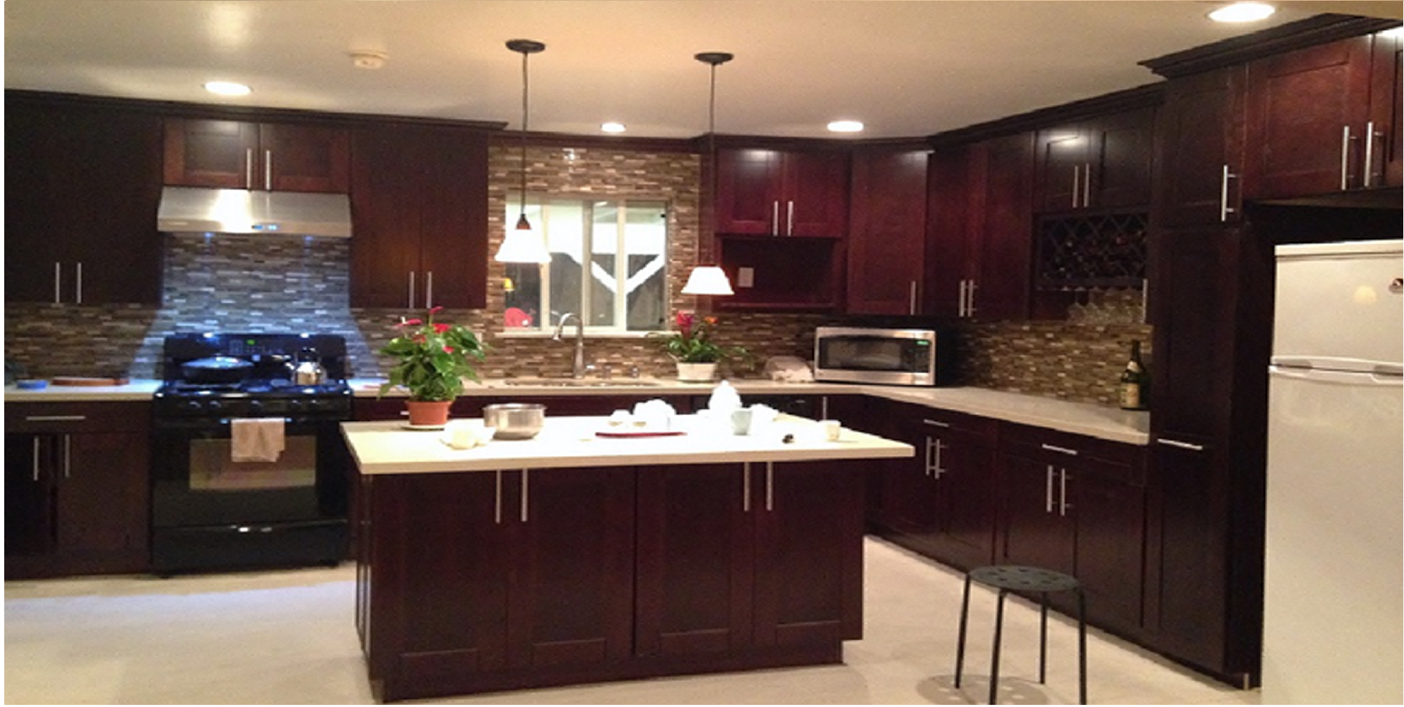Pictures of kitchen cabinets and granite countertops - Mocha Maple Glazed