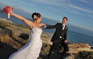 Minuteman Press Wedding Invitation Longview Woodland Castle Roc WA  98632  360-577-3257