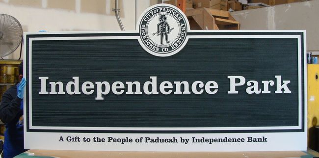 GA16438 - Carved,HDU Sign for Independence Town Park with Name of Donor