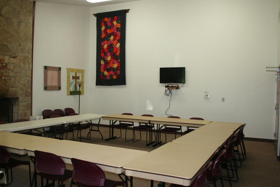 Fireside Dining/Meeting Room