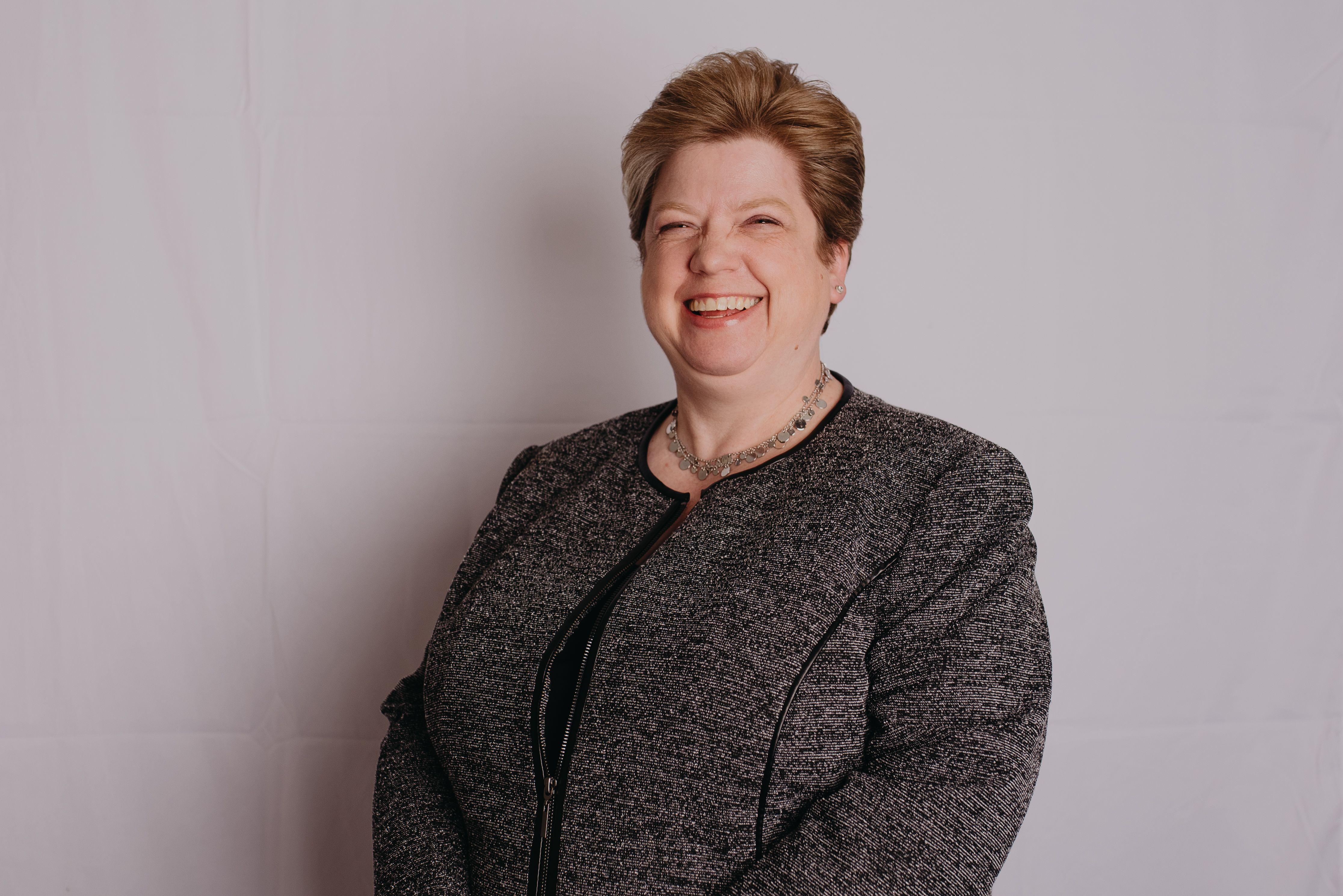 Andrea Stahl, Mutual of Omaha