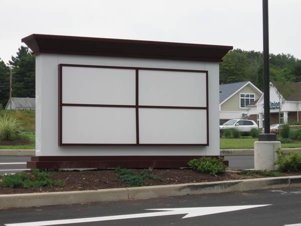 Pylon Sign, Shopping Plaza Retail Tenant Directory, Internally Illuminated Sign Cabinet