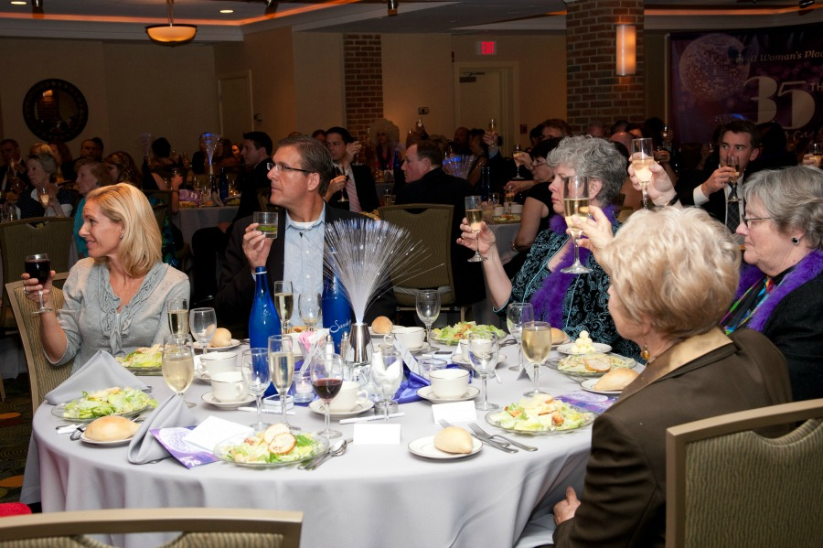 Donors raise their glasses at AWP's 35th Anniversary Dinner.