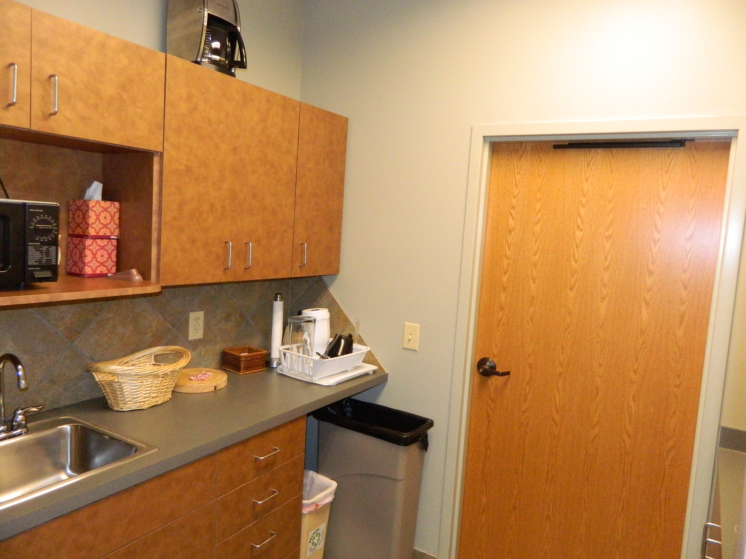 Multi-Purpose Room Kitchenette