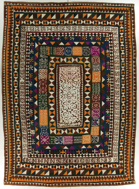 Ralli quilt, probably made in Cholistan, Punjab, Pakistan, circa 1975-2000, purchase made possible through James Foundation Acquisition Fund, 91.5 x 63.5 in, IQSCM 2008.027.0014