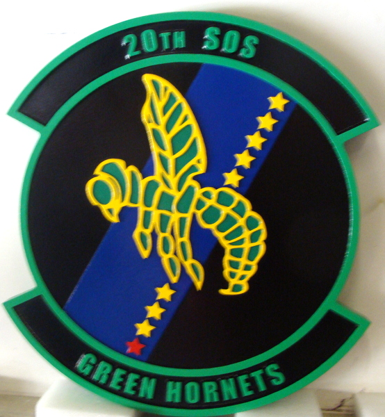 "LP-3860 - Carved Round Plaque of the Crest of the 20th Special Operations Squadron ""Green Hornets"", Artist Painted"