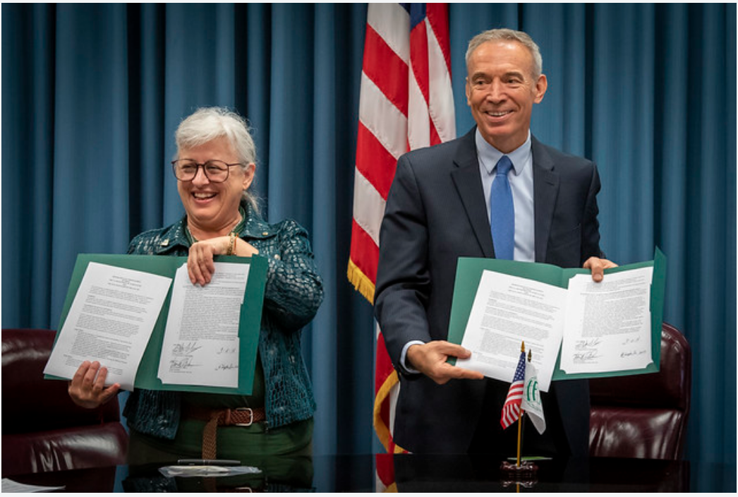 USDA and IFYE hold Ceremony to Sign Memorandum