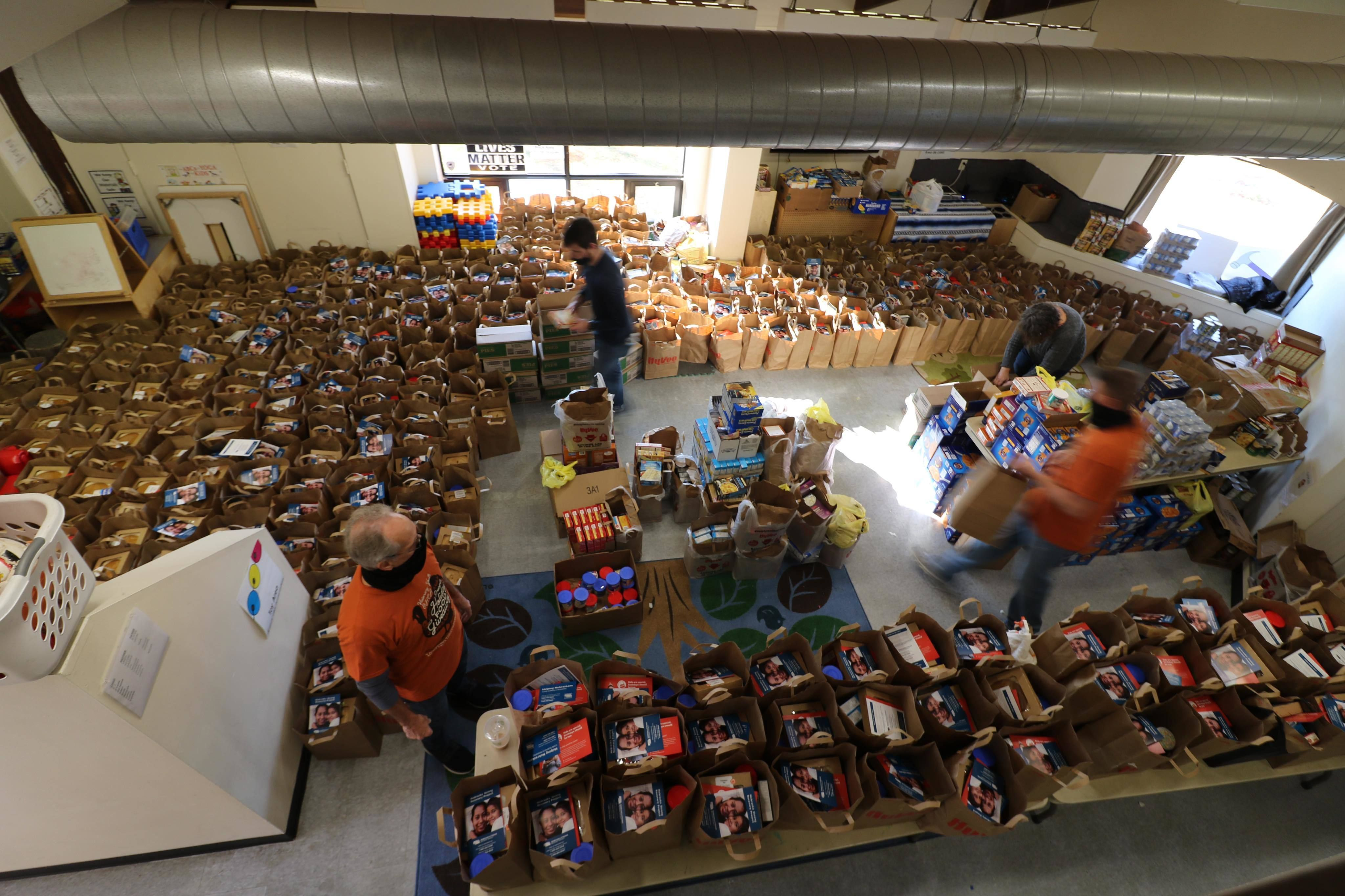 Community Outreach Holiday Food Giveaway