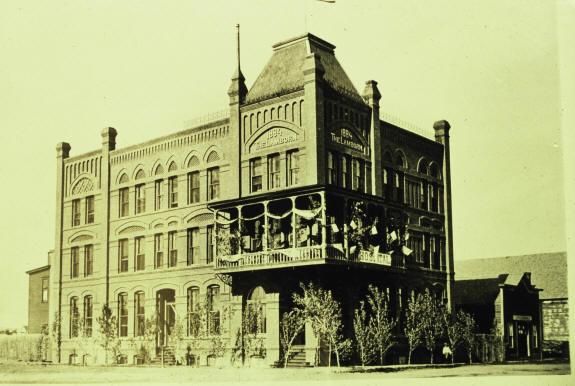 Lamborn Hotel