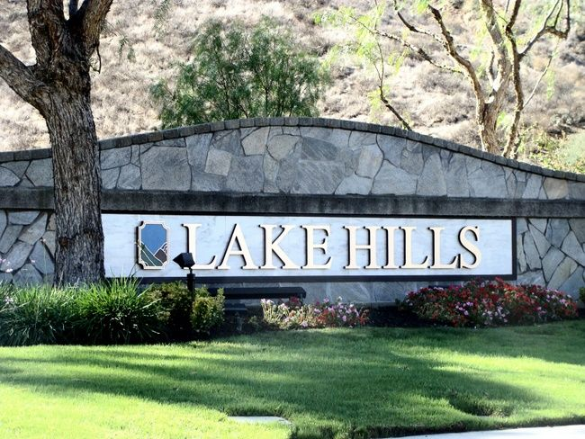 K20025 - Entrance Stone Monument Sign for Lake Hills Residential Community, with Gold Letters
