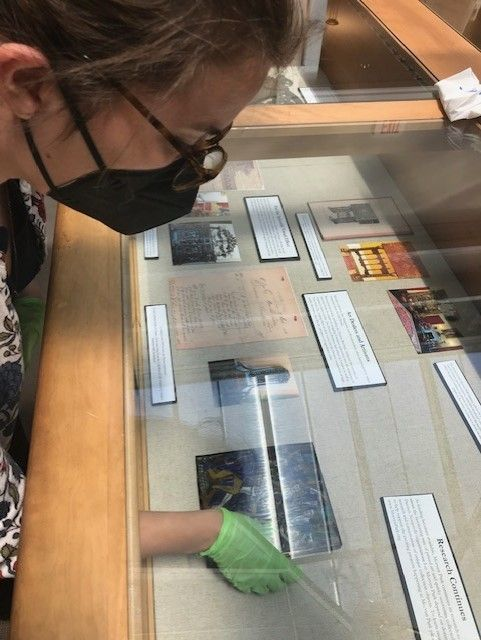 """Go """"Gallivanting Around the World"""" with Morven Park's new exhibit at the Thomas Balch Library"""