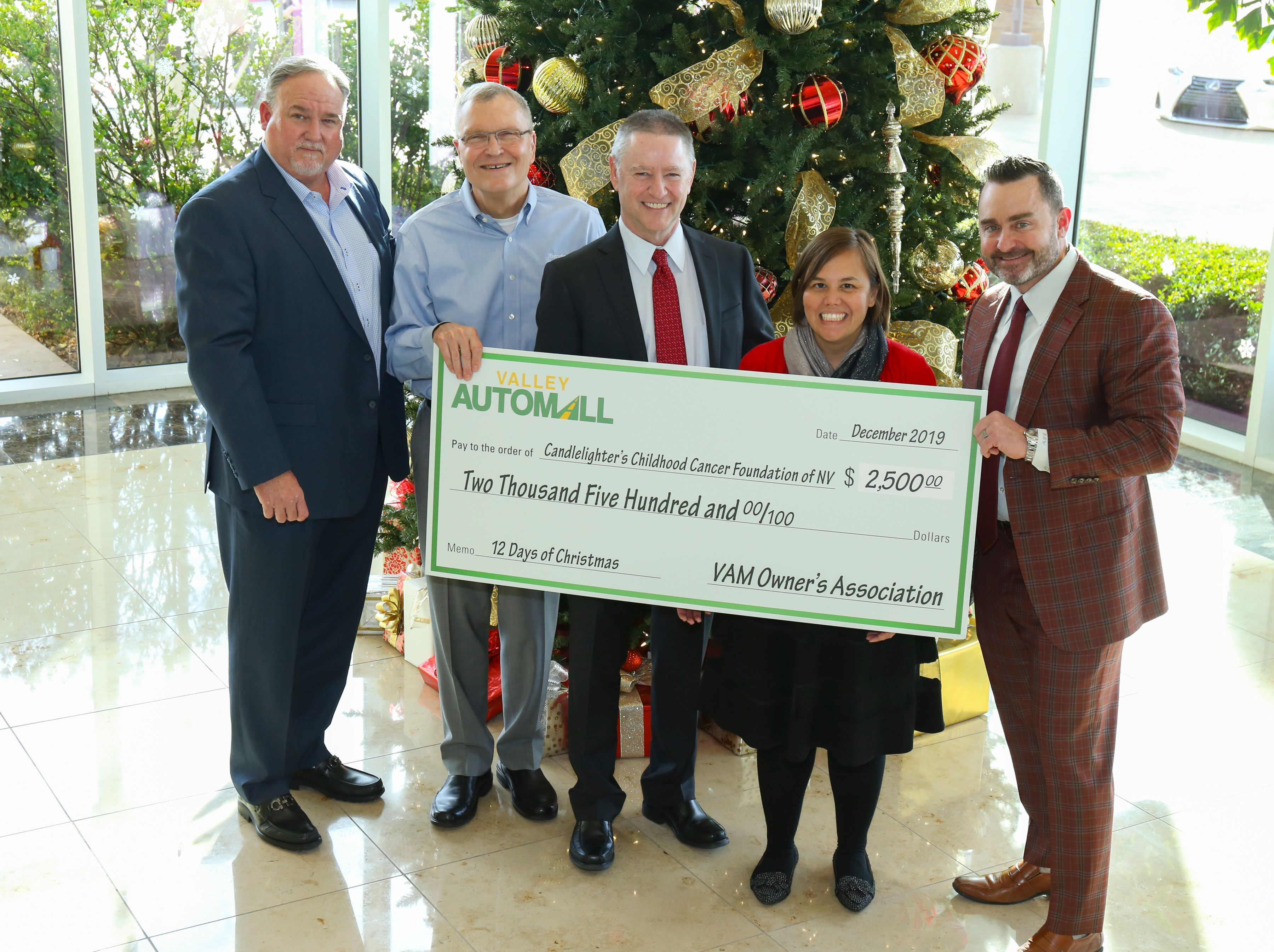 Valley Automall dealers donate $35,000 to local charities