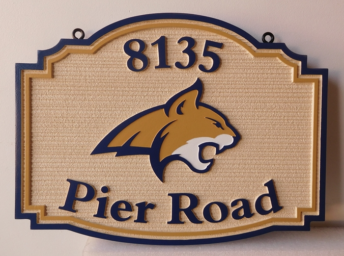M22913 - Carved and Sandblasted (Wood Grain)  Cabin  Sign features  the Head of a Mountain Lion (Cougar)
