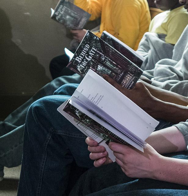 Students read along