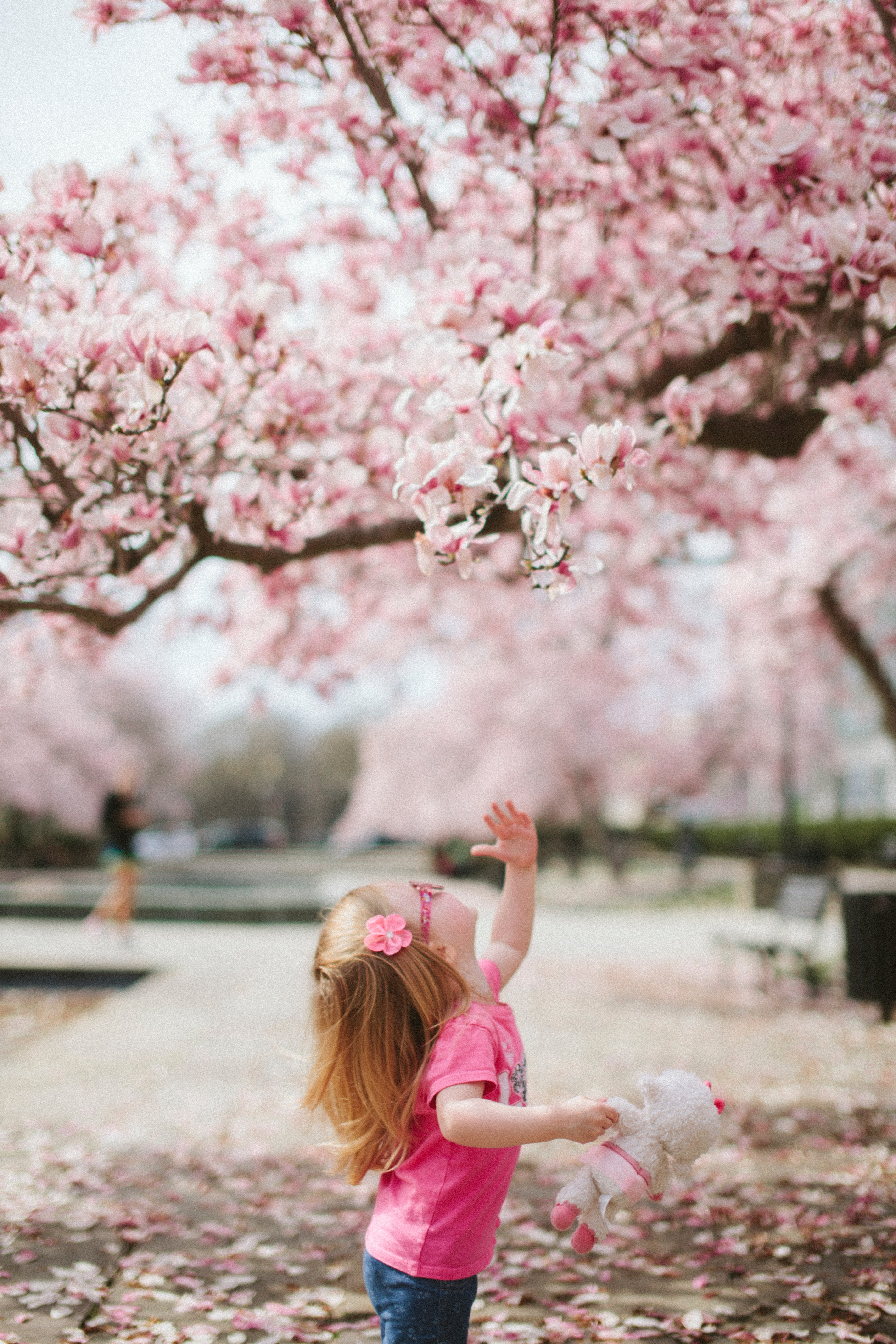 10 ways to embrace the last weeks of Spring with kids
