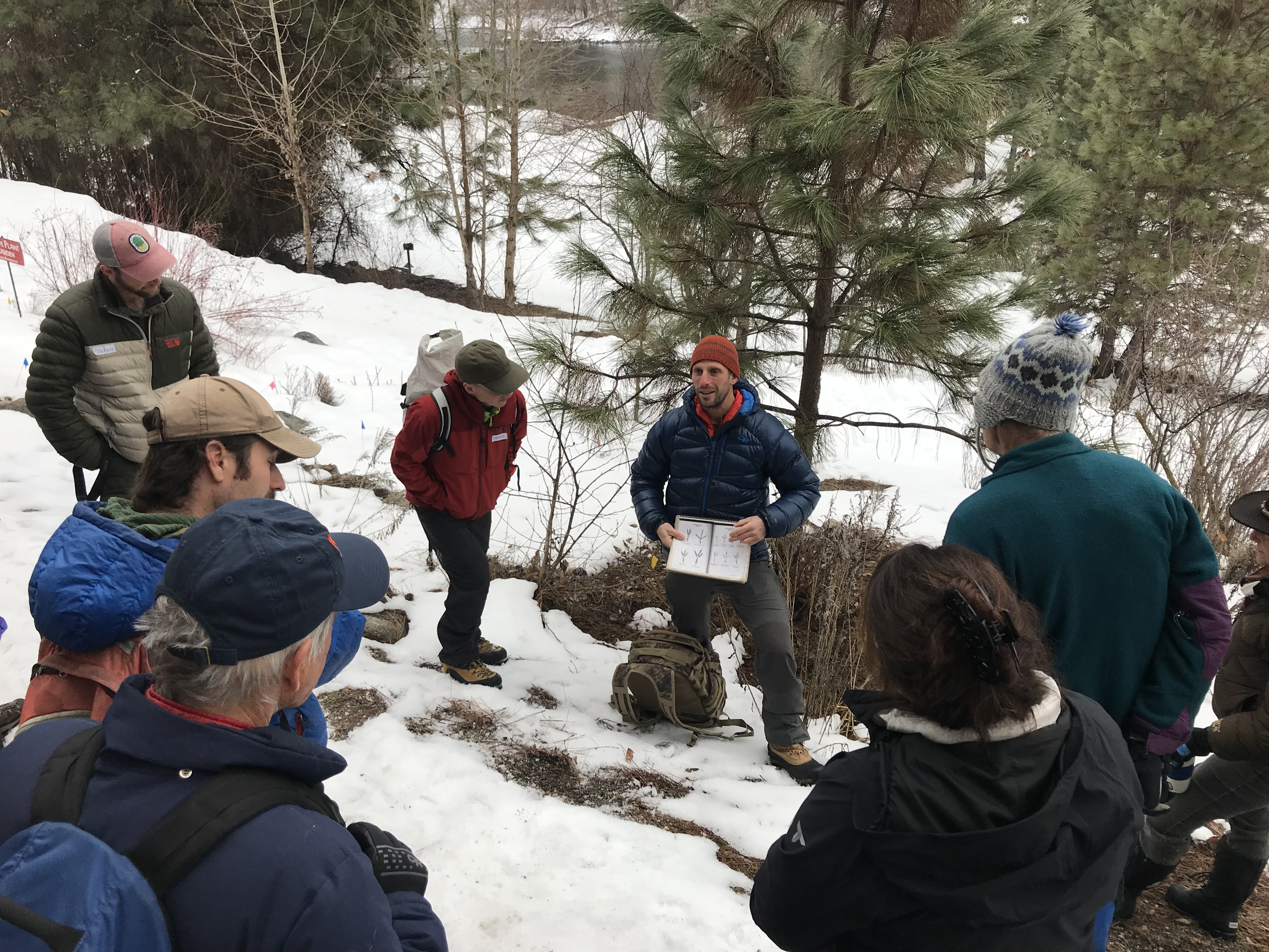 Cascades Wildlife Tracking Certification Class with David Moskowitz