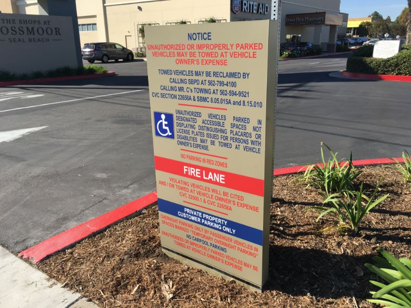 Mall Entrance Signs