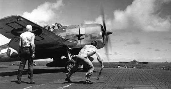 Preparing to launch aircraft from an Essex class carrier, 1944.