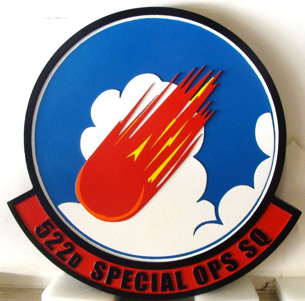 LP-3900 - Carved Round Plaque of the Crest of the 522nd Special Operations Squadron, Artist Painted