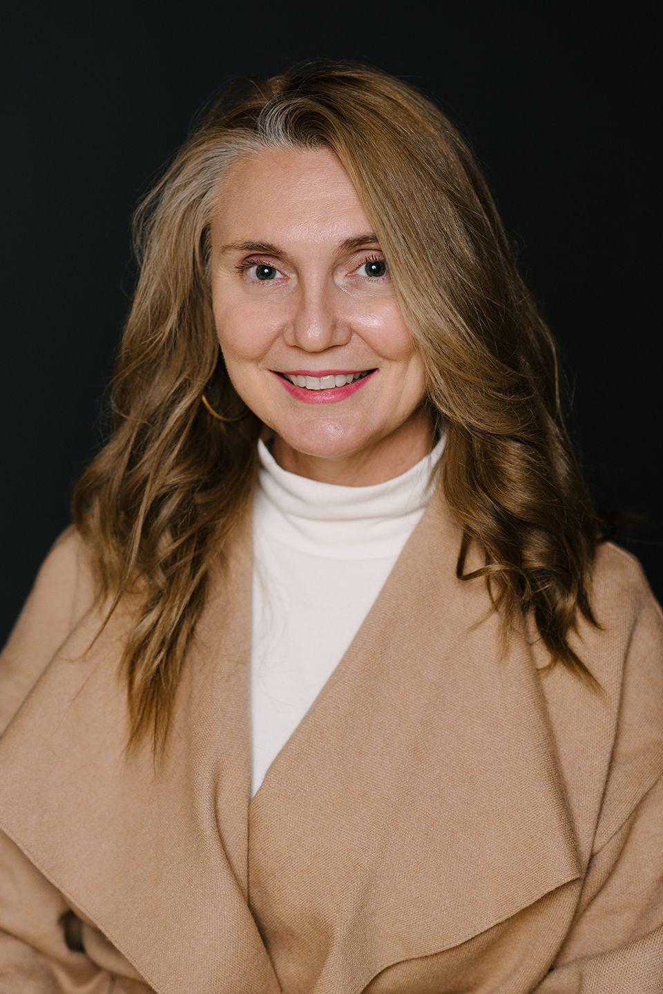 Tammy Renault - Client Service Specialist