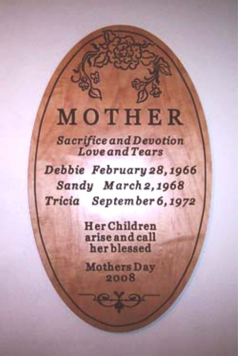 "M3810 - Engraved Red Alder Plaque ""Mother"", from Her Children (Gallery 22)"