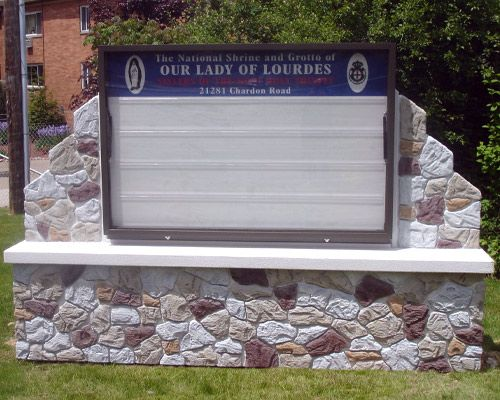 M6735 - Custom Church Changeable Text Monument Sign