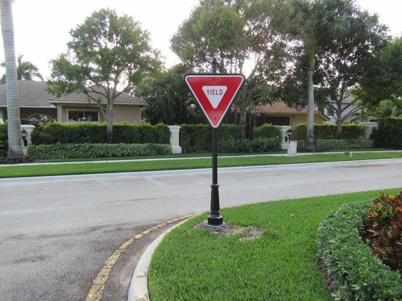 Yield Street Signs