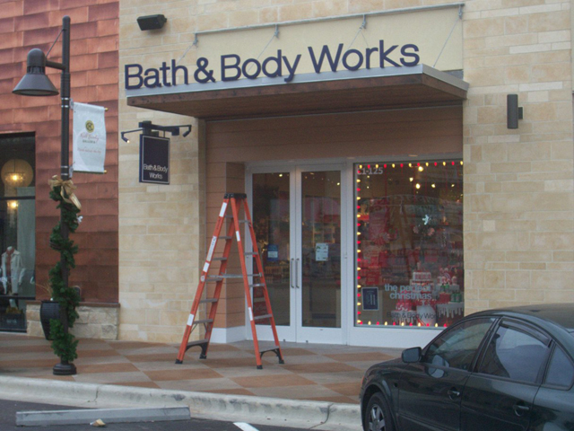 Bath & Body Works- Installation
