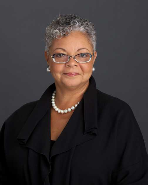 DR. FREDA LEWIS-HALL, CLASS OF 1980, JOINS TENET HEALTHCARE BOARD OF DIRETORS