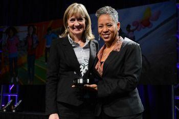 Omaha Tennis Buddies Awarded National USTA Community Community Service Award!