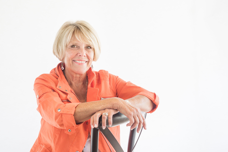 Lynn Hoyos, Olive Crest for Helping Kids