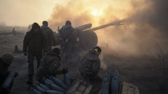 Ukraine crisis: Five soldiers killed in clashes in east.