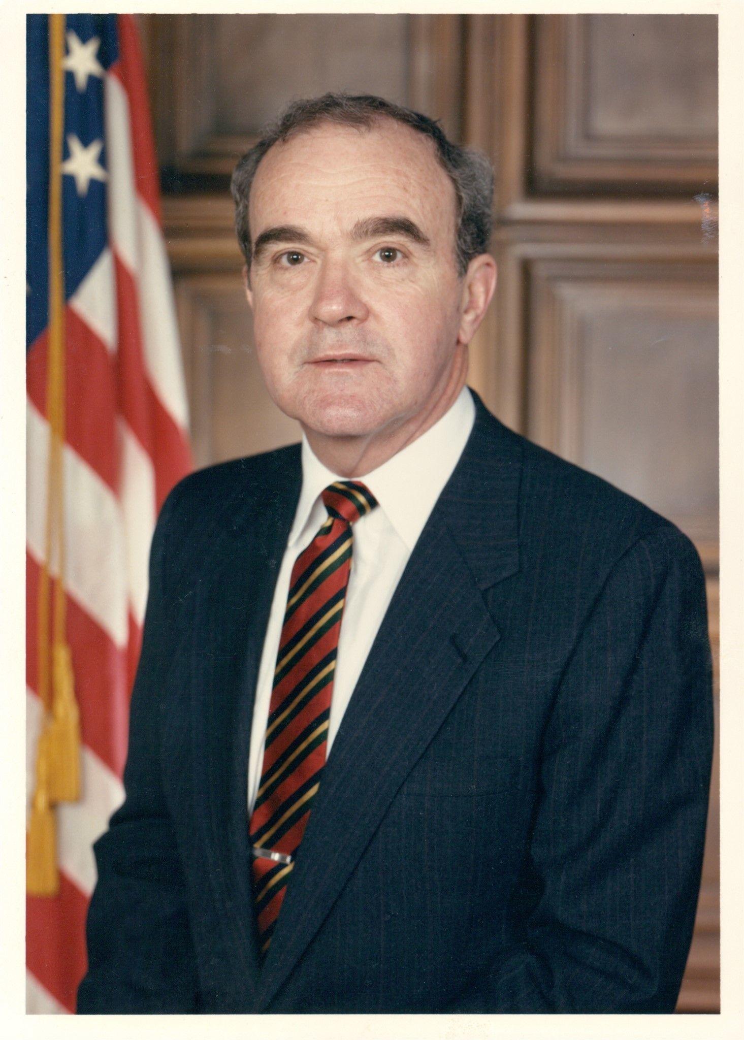 Mr. Lester Myers