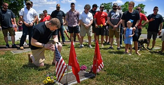 Retired Marines return to Nashville to stand by their fallen - The Tennesean 2019