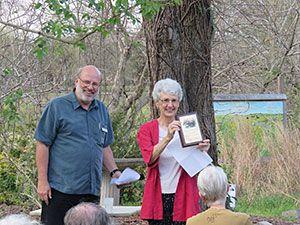 Volunteer Mary Carter and John Bartos
