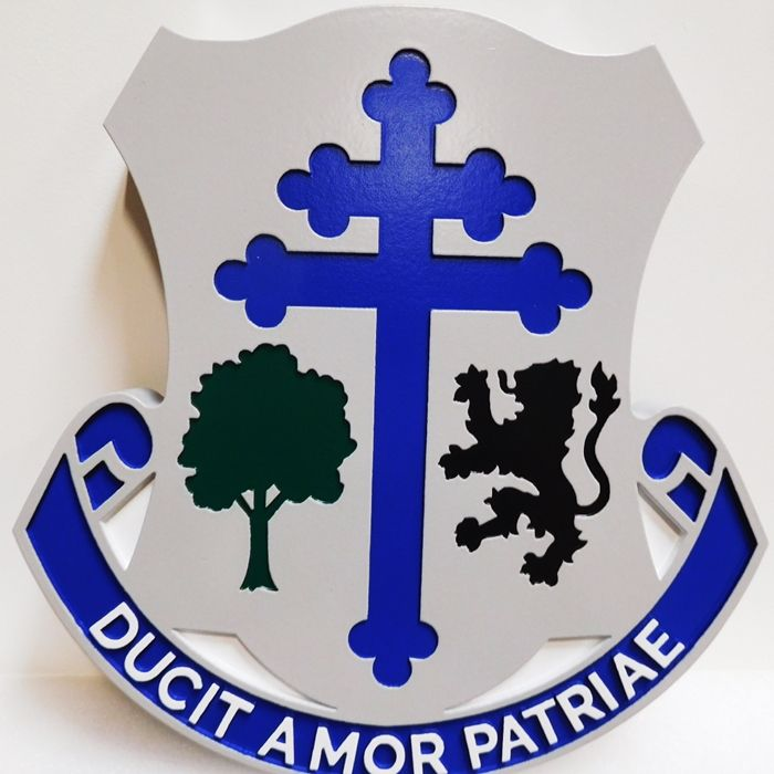 "MP-2071 - Carved Plaque of the Crest of US Army 131st Infantry Regiment with Motto  ""Ducit Amor Patriae"",(The Love of Country Leads Me), Artist-Painted"