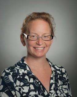 Sandra Ploederl, FNP
