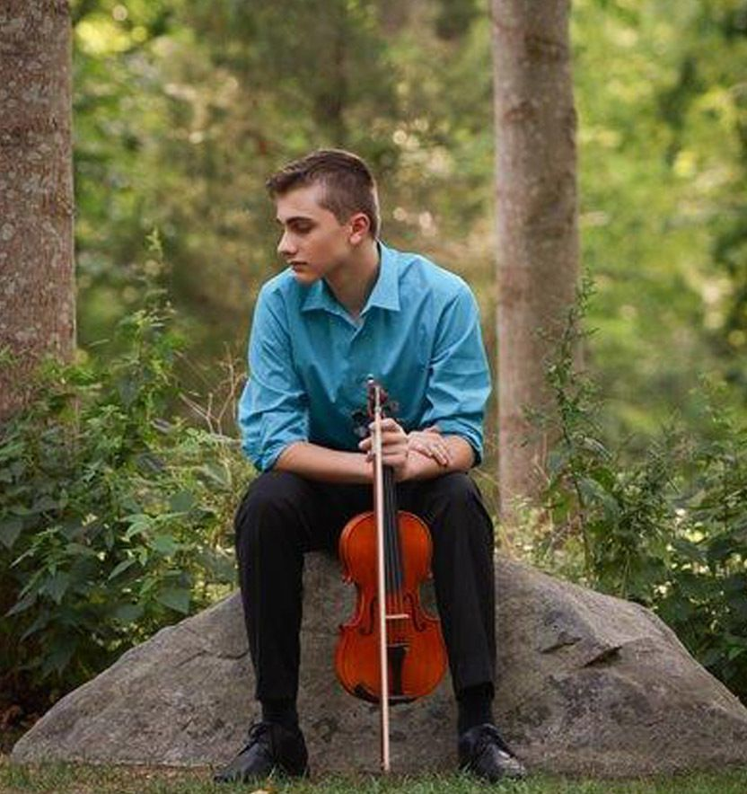 Jaycee Cardoso, violin