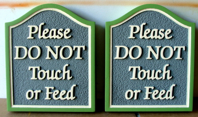 "GA16568 - Sandblasted, Sandstone Look HDU Sign or PLaque ""Please Do Not Touch or Feed"""