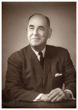 Zoo founder, Arnott Folsom
