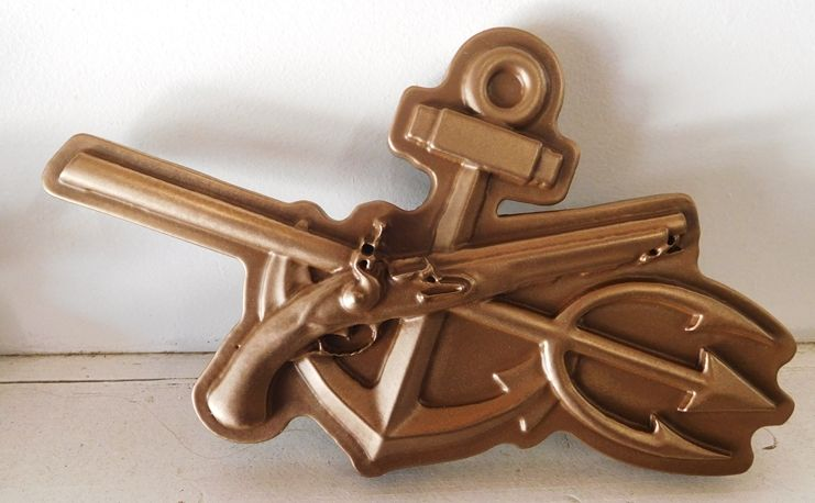 V31268 -  Carved 3-D Emblem for US Navy SEALS, with Eagle, Anchor and Trident