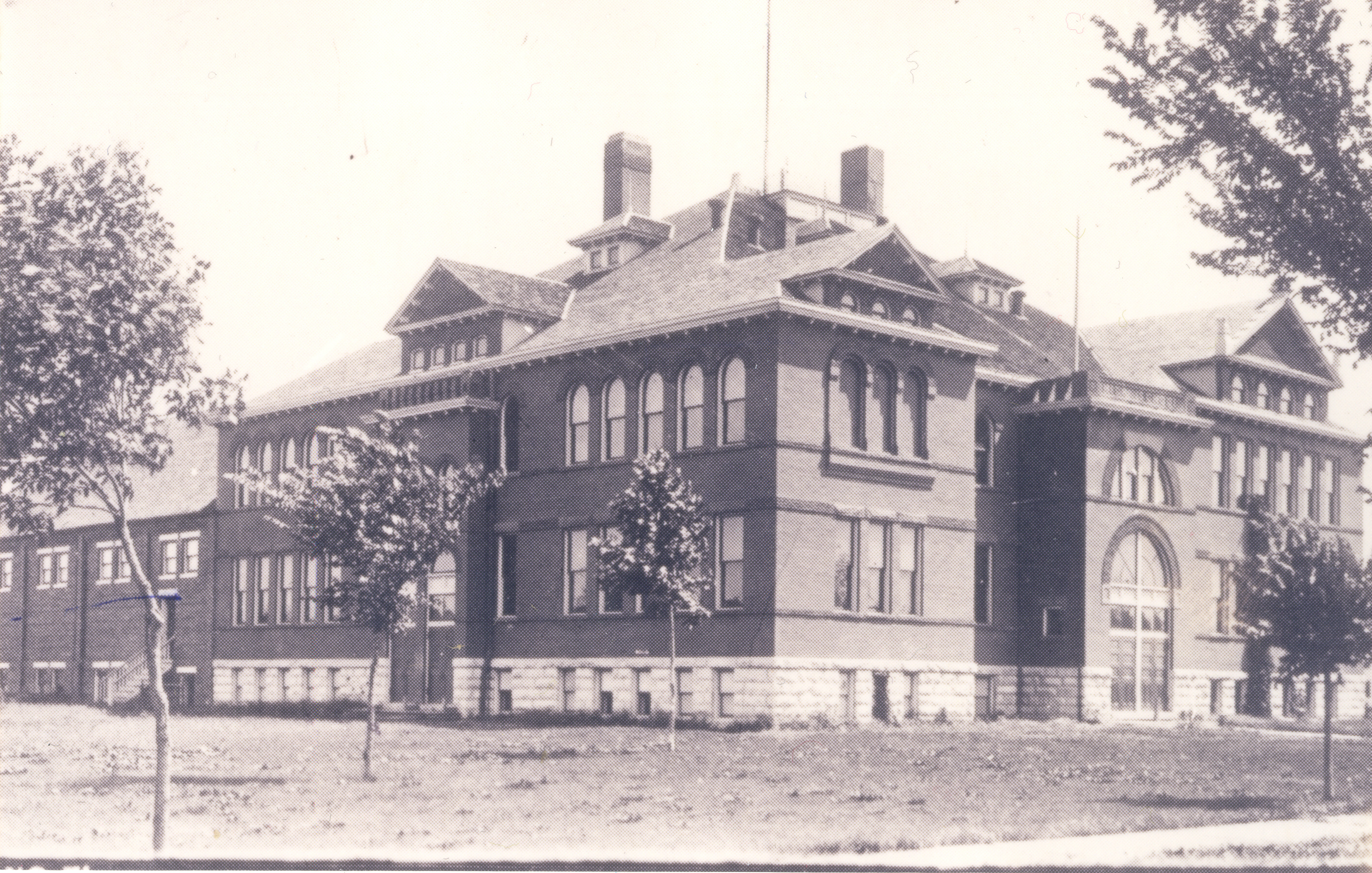 Columbus High School 1898 - 1925