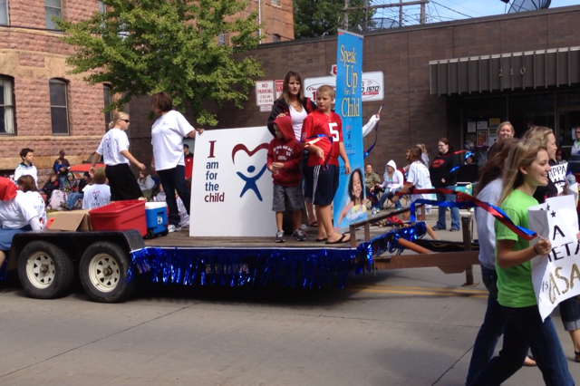 Riverboat Days Parade 2012
